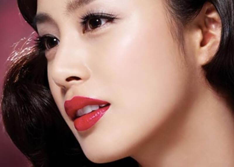 Vì sao thẩm mỹ phun môi được nhiều người ưa chuộng?