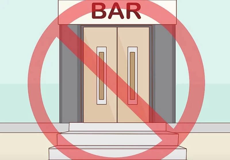 Tránh các tình huống thường xuyên dẫn đến uống rượu.