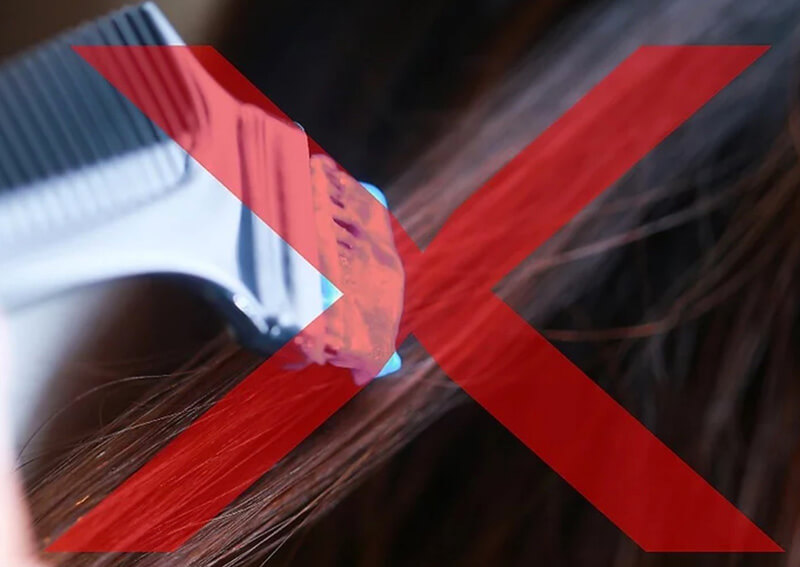 Tránh nhuộm tóc, uốn tóc hay duỗi tóc thường xuyên hoặc làm cùng lúc.