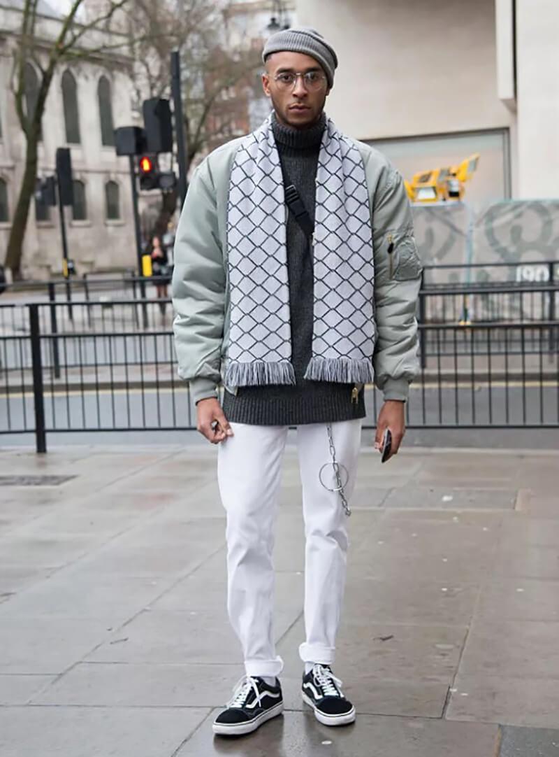 Quần jean trắng – trang phục cuối tuần thông minh