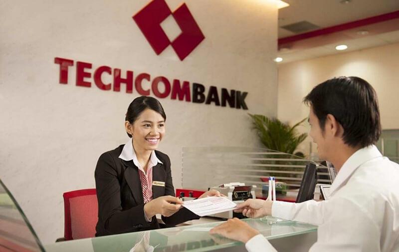 Thủ tục, giao dịch thuận tiện, nhanh chóng tại Techcombank