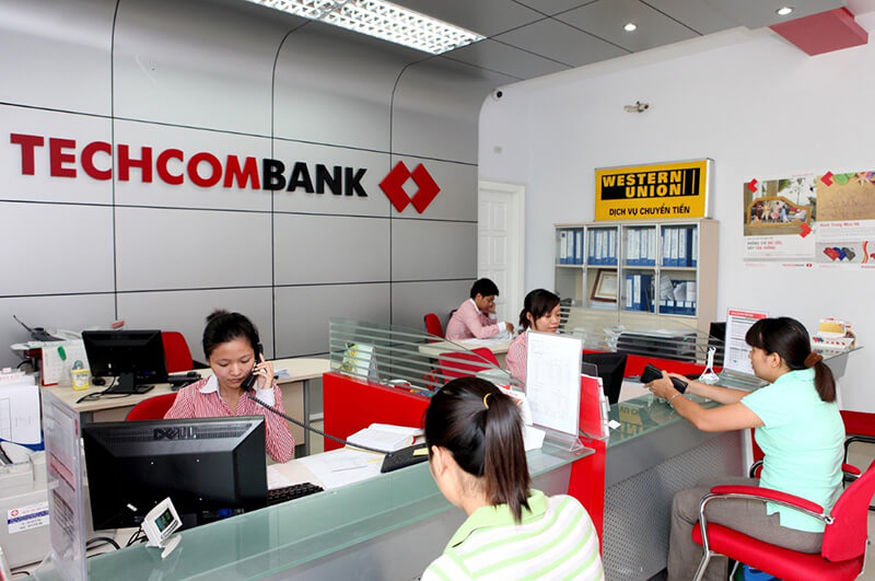 Lãi suất tiền vay là điều khách hàng đặc biệt quan tâm tại Techcombank