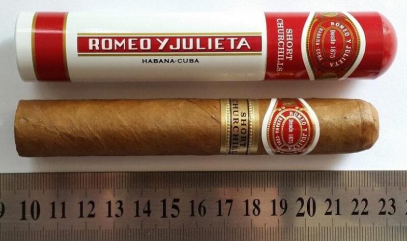 Romeo Y Julieta Churchill có mùi vị ngọt ngào của tình yêu